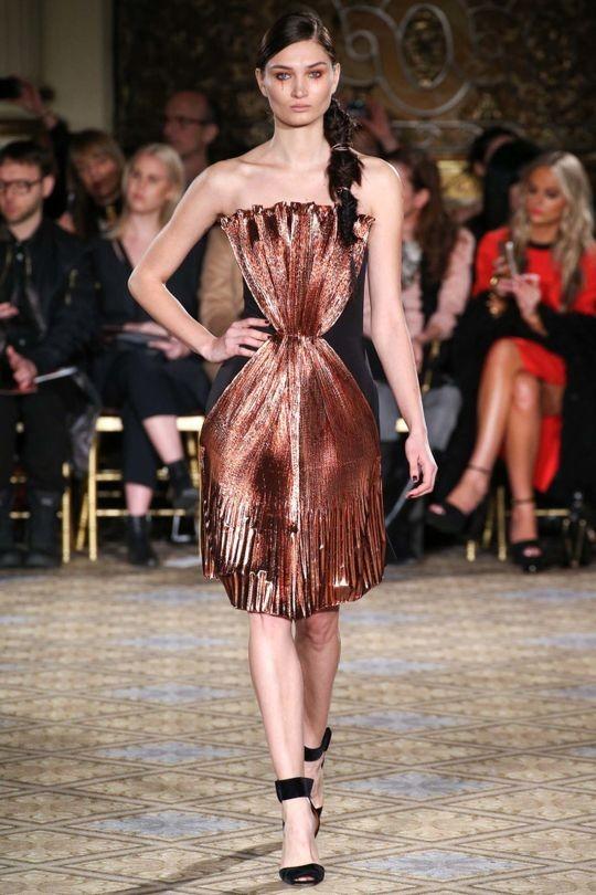 13 Christian Siriano Ready To Wear Fw 17 18 Nyfw Folded Fan Origami Dress Metallic Copper Red