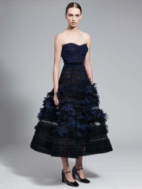 20_j-mendel-fw-17-18-nyfw-tiered-navy-dress-with-feathers