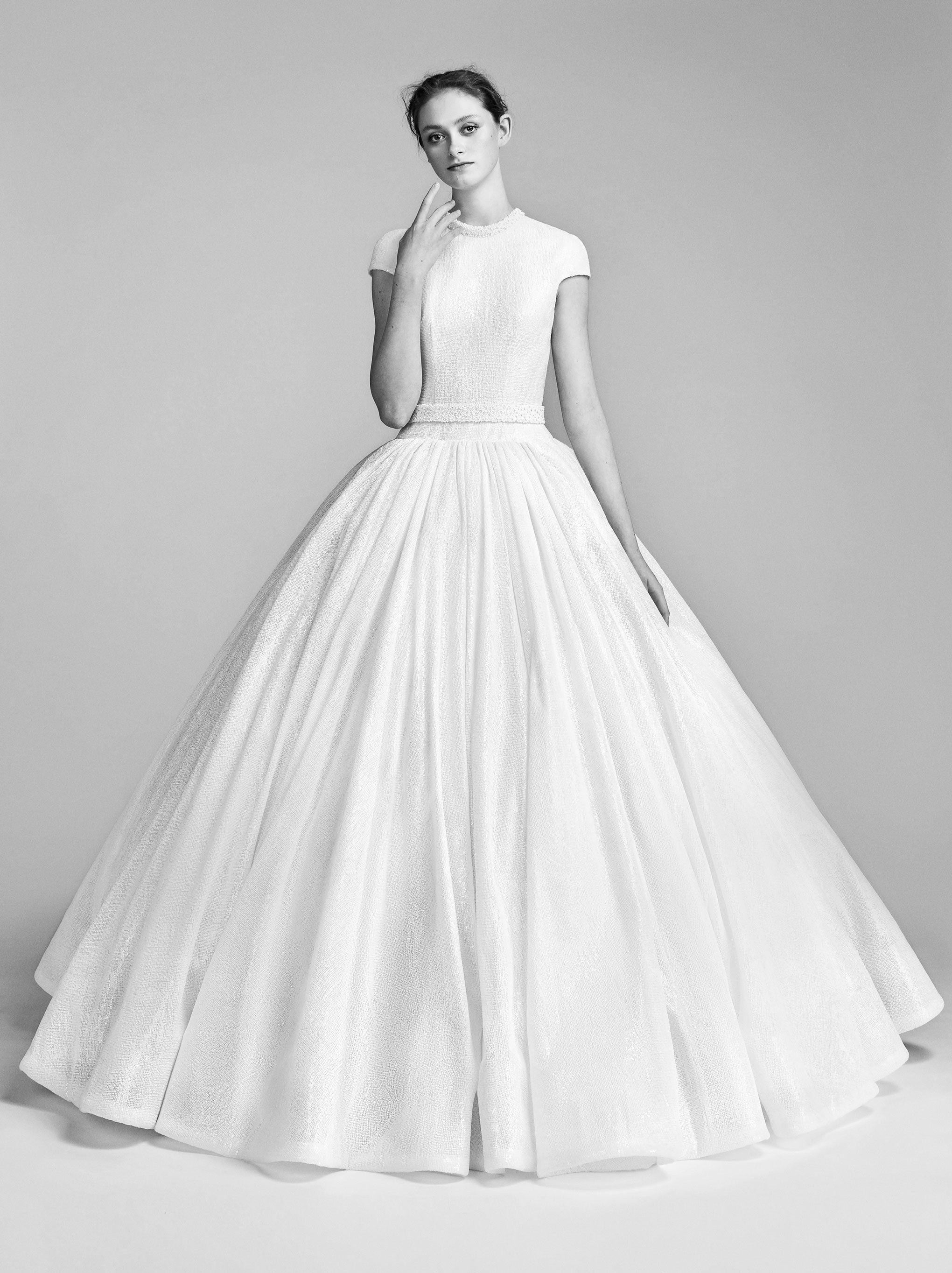 Viktor and Rolf bridal spring 2018-cinderella wedding gown – print ...