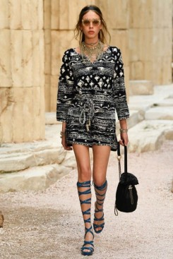 Chanel Resort '18. Sourced from vogue.com.au